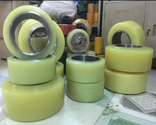 nguyên tắc sử dụng bánh xe nâng điện PU