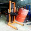 Xe nâng quay đổ phuy dùng điện 350kg
