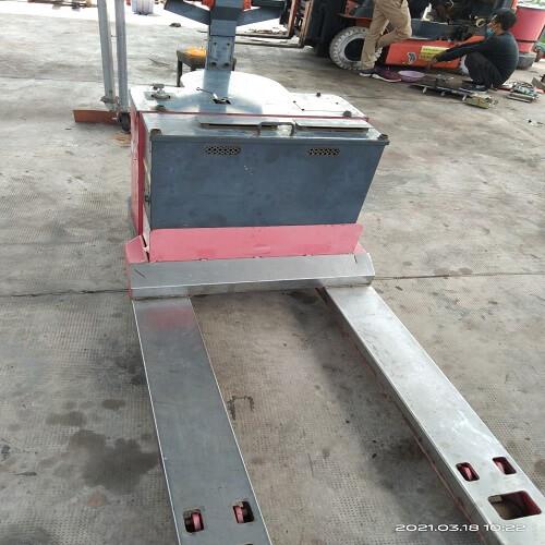 Bán xe nâng điện cũ cho môi trường thủy sản